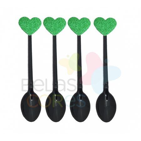 colherzinha-preta-aplique-coracao-verde-escuro